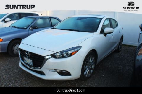 Pre-Owned 2017 Mazda MAZDA3 Hatchback Grand Touring