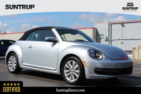 Certified Pre-Owned 2013 Volkswagen Beetle Convertible 2.0L TDI w/Sound/Nav